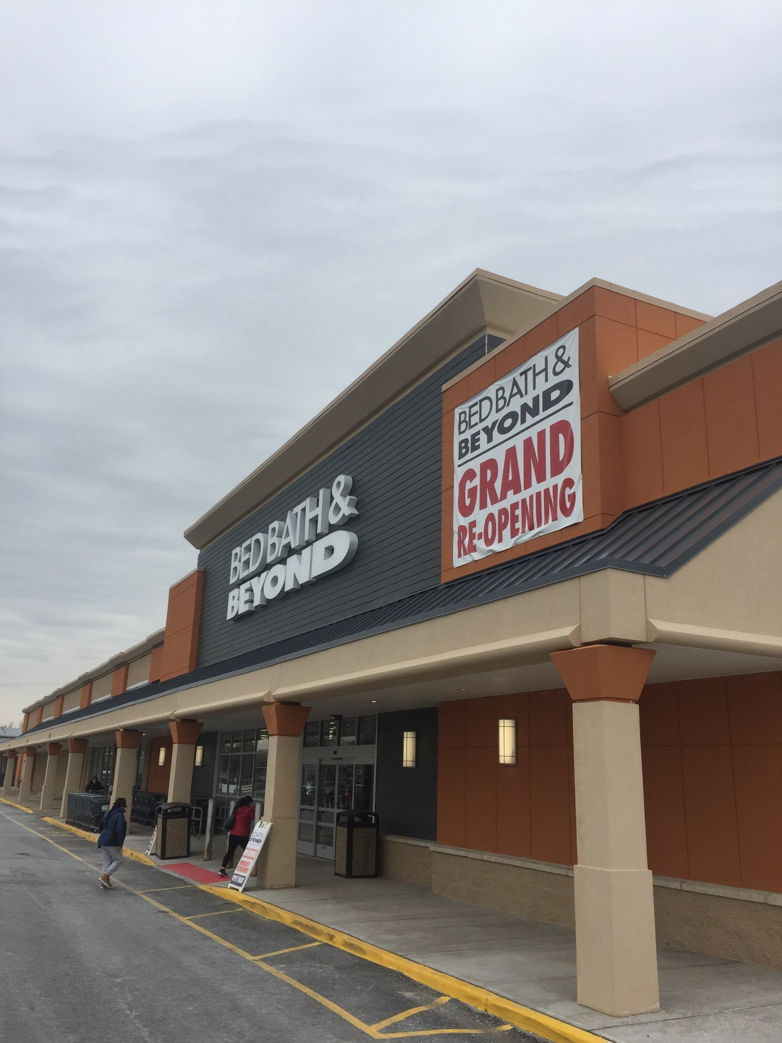 Bed Bath & Beyond - East Hanover, New Jersey